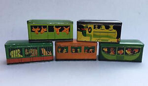 Collectible-Antique-1930-Montpellier-Biscuits-Flor-Tin-Train-Loco-4-Carriages