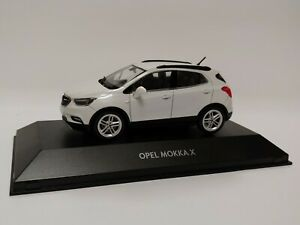 NEU-Modellauto-OPEL-Mokka-X-1-43-Abalone-Weiss-Sammlermodell-OC10921
