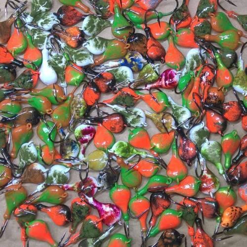 2.5oz Blackfish Jig Tog Mixed Colors 2.5oz Sparkie Tautog 4//0 Hook Jig Head T/&A