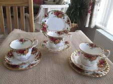 Juego de 3 Royal Albert Old Country Roses tríos (3 tazas y platillos y las placas de té)