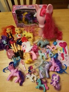 My Little Pony And Other Ponies Lot Ponies And Various Accessories Dolls Ebay