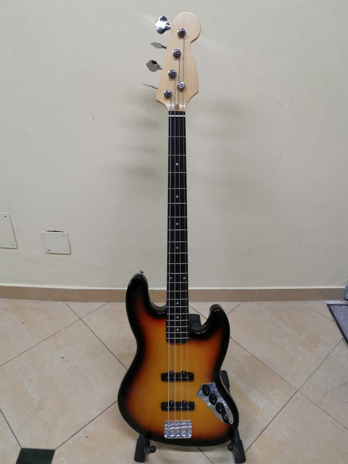 Basso elettrico jazz bass sunburst