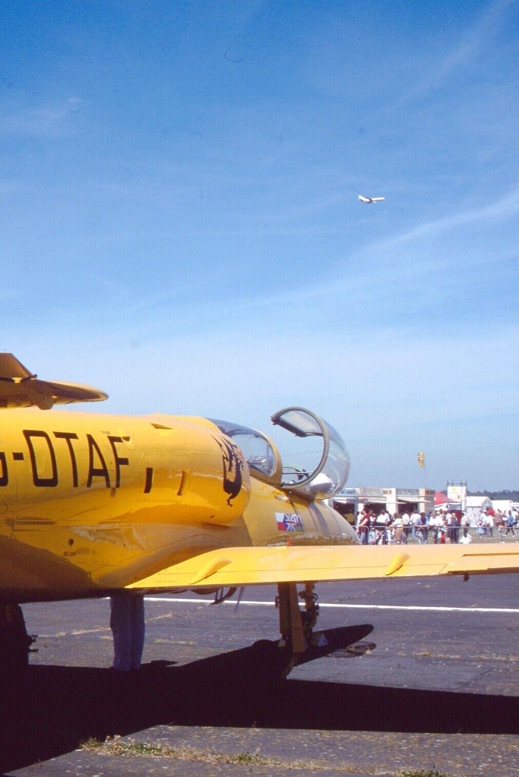 Original 35mm Aircraft slide Aero L-39ZO Albatros  #187