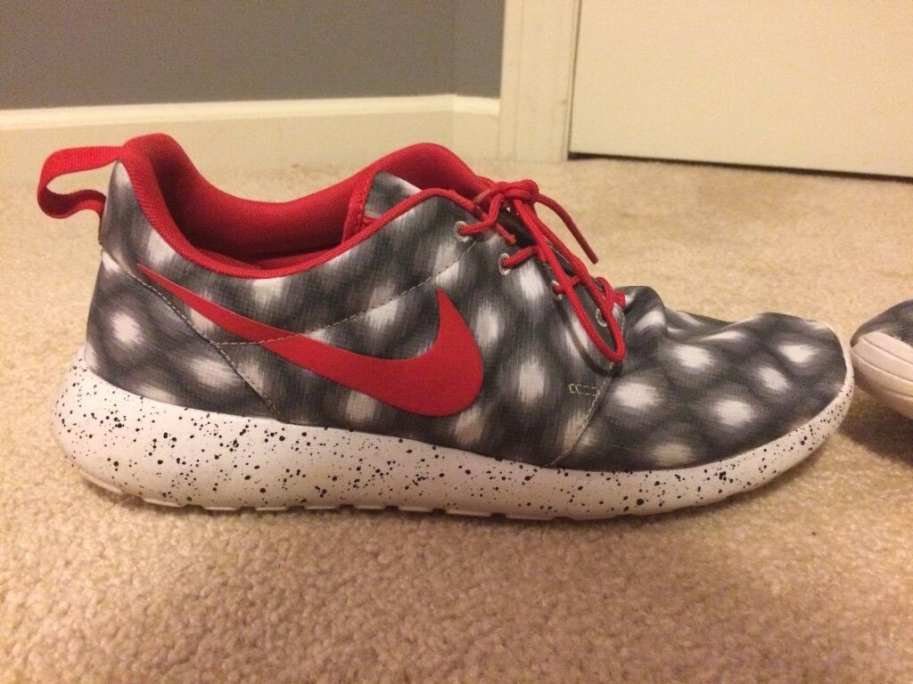 Nike Roshes Size 14  Cheap and fashionable