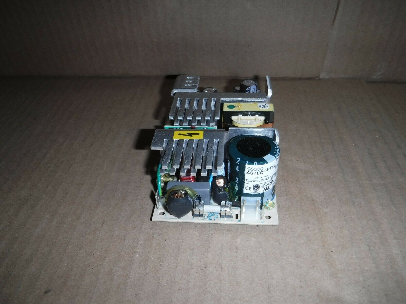 BRAND NEW EOS VLT100-4000 Open Frame Quad-Output Power Supply 100W FAST SHIPPING