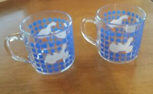 Vintage-Carlton-Luminarc-2-Goose-Ducks-Mugs-Cup-Blue-Clear-Glass-1982
