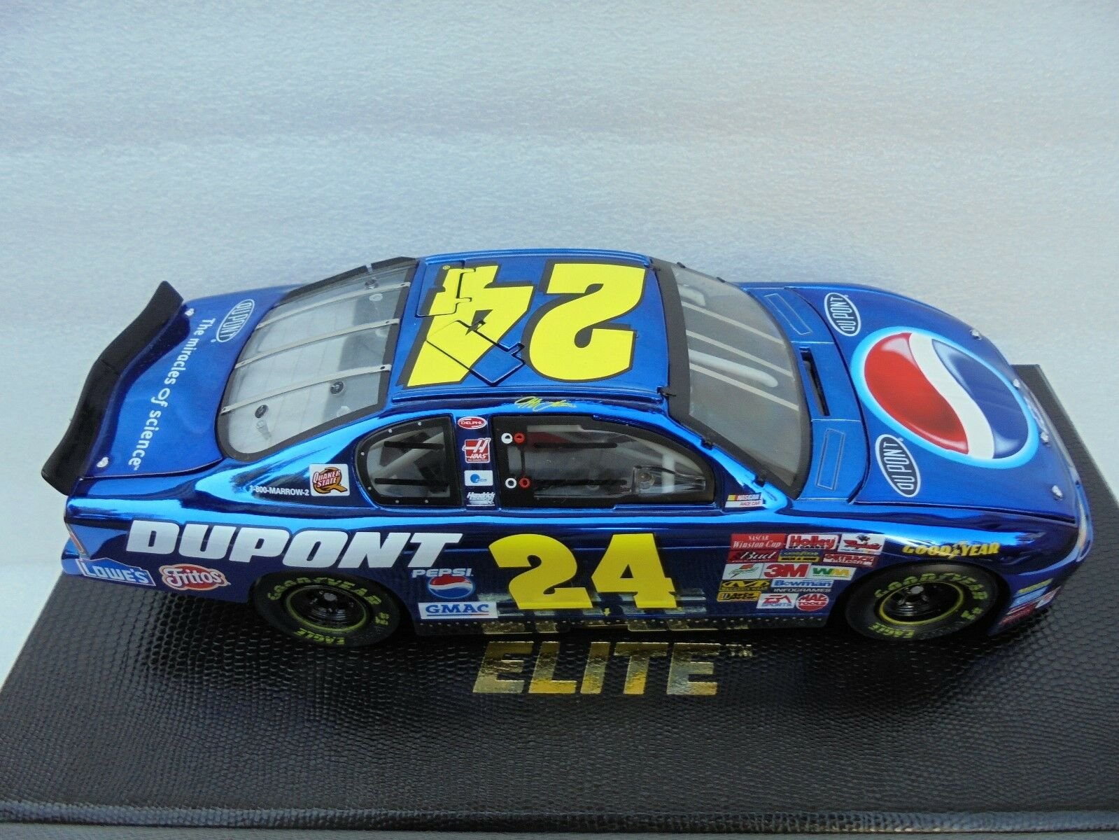Jeff Gordon  24  DuPont   Pepsi   Größedega 02 MC Action ELITE Nascar Diecast MM