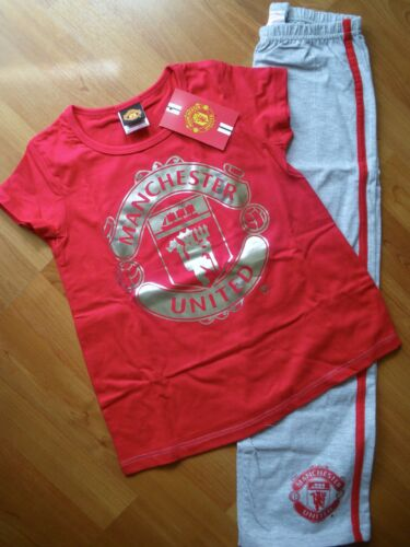 *** MANCHESTER UNITED RED// GREY PYJAMAS SIZE 7-8 9-10  *** NEW ***