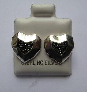 Argento-Sterling-e-zirconia-cubica-nera-angolare-Orecchini-a-perno-cuore