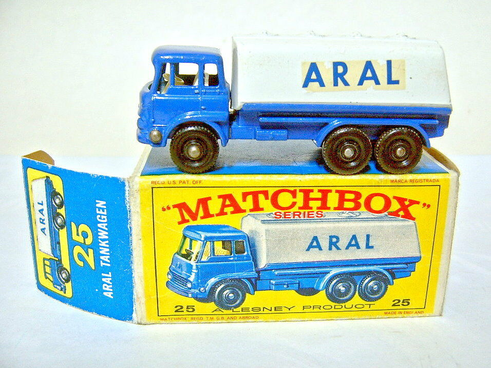 Matchbox No.25C Bedford Tanker white & bluee  ARAL  livery in ARAL box