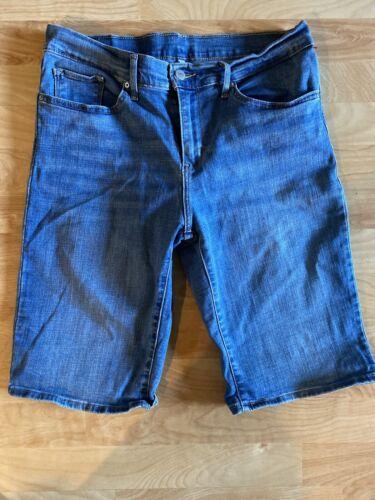 Levi Stretch Bermuda  Shorts 31