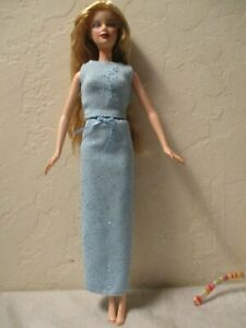 Deboxed-and-Redressed-Mattel-James-Bond-Barbie-in-Fashion-Avenue-Fashion