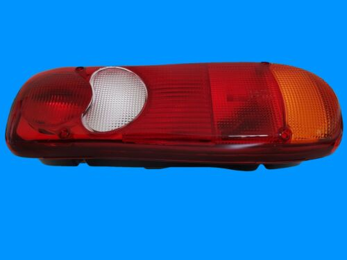 LINKS//RECHTS 1x Rückleuchte Mitsubishi Fuso Canter komplett 2005