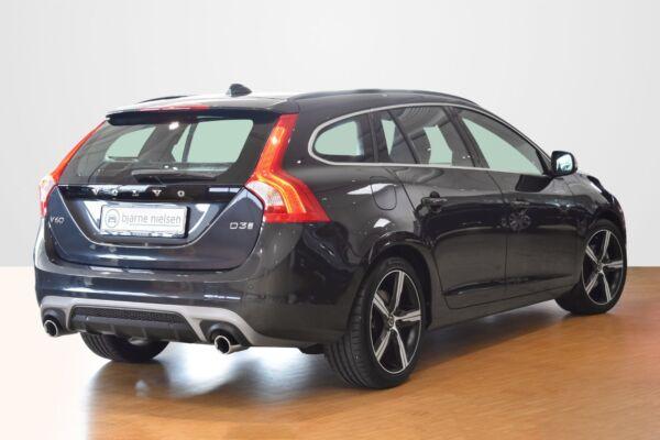Volvo V60 2,0 D3 150 R-Design aut. - billede 2