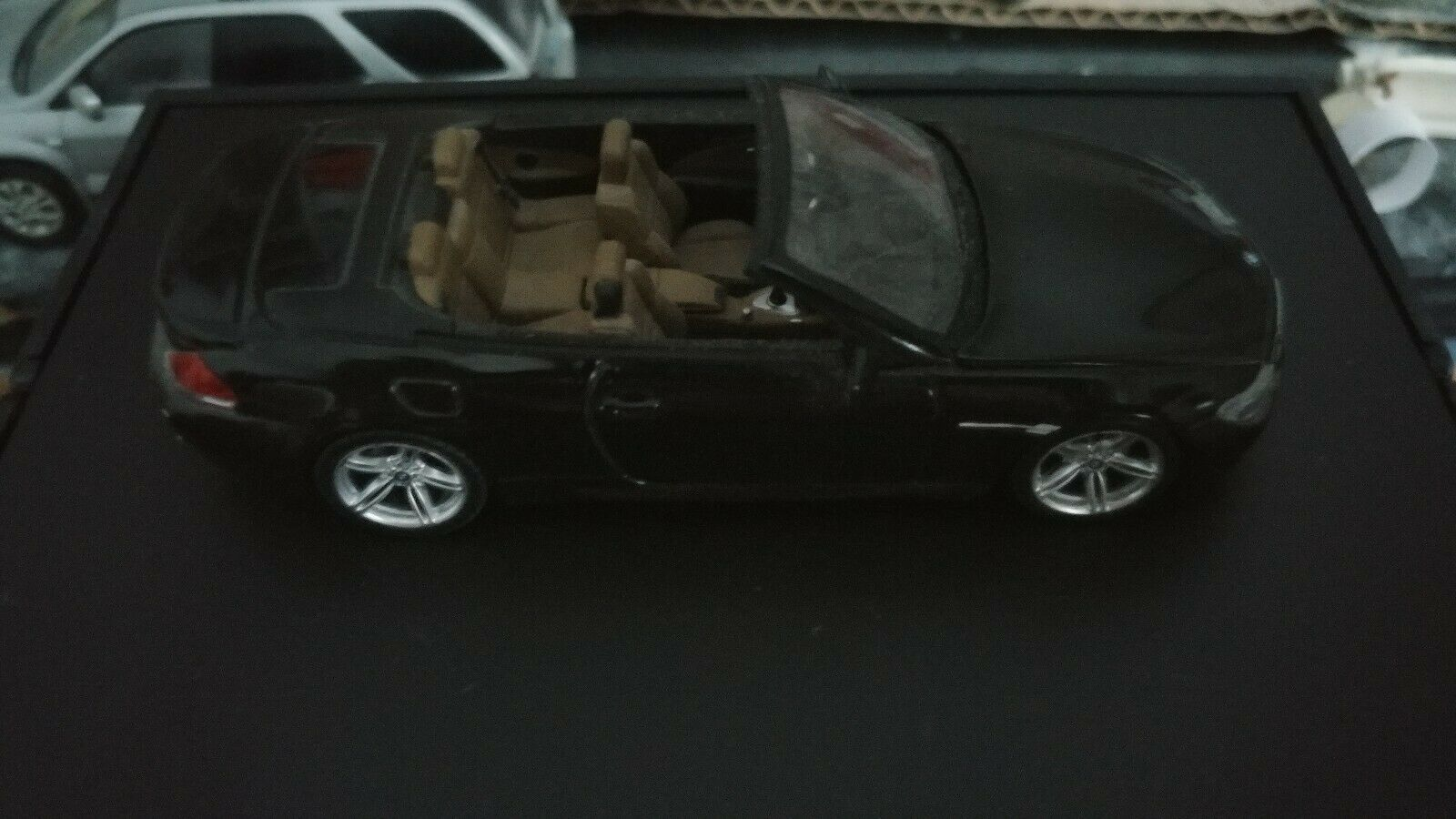 1 43 Minichamps BMW M6 Dealer Edition