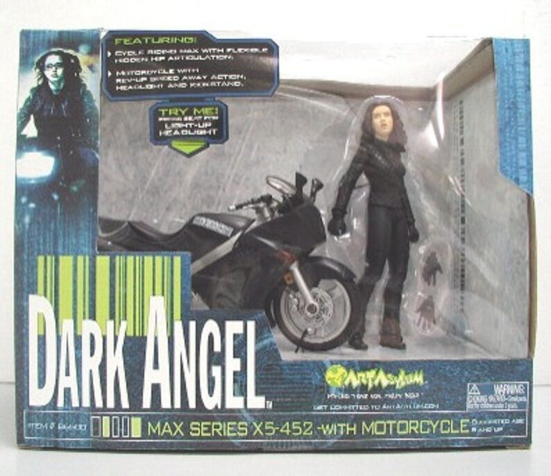 ART ASYLUM DARK ANGEL Jessica Alba action figure with Motorcycle Max Series