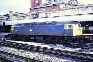 1-69-Class-47-47002-Diesel-Loco-In-need-of-a-clean-Kodachrome-Slide