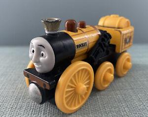 Stephen-Rocket-Thomas-Tank-Engine-amp-Friends-Wooden-train-fits-BRIO