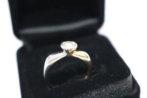 Diamantring-585-Weiss-und-Gelbgold-Diamant-ca-Durchmesser-5mm