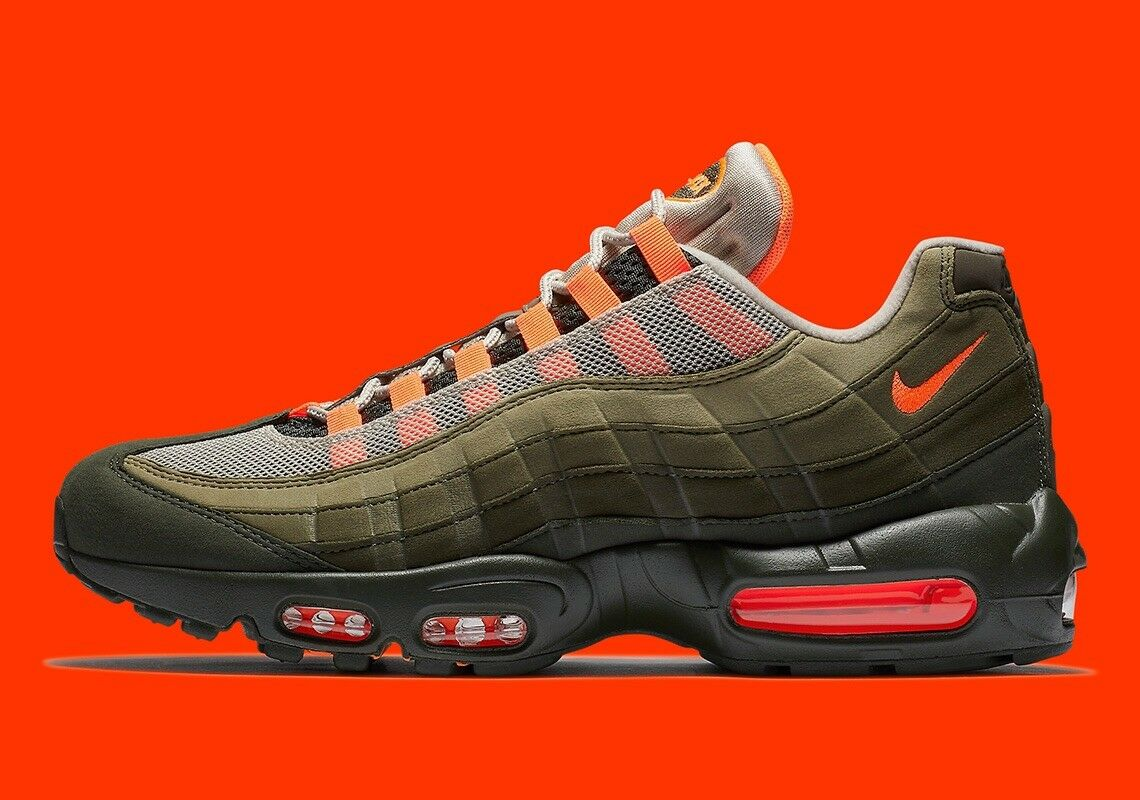 Nike Air Max 95 OG Neutral Olive At2865-200 orange Size 6 Men's 7.5 Women