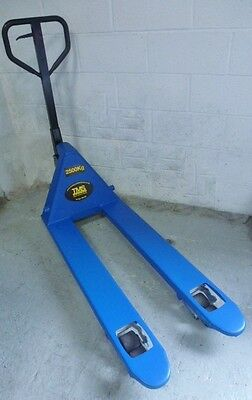 2.5 ton Hand pallet truck European made fully Refurbished Free Delivery Vat inc