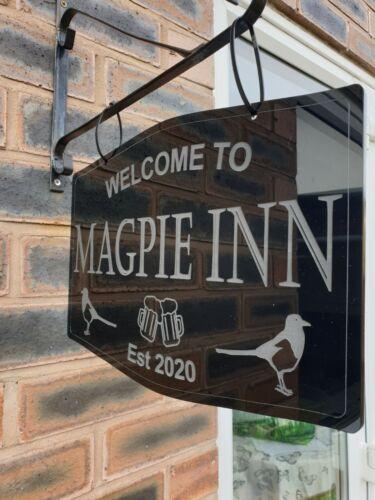 Personnalisé Hanging Bar signe MANCAVE Home PUB signe de bienvenue à est 34 cm x 23 cm