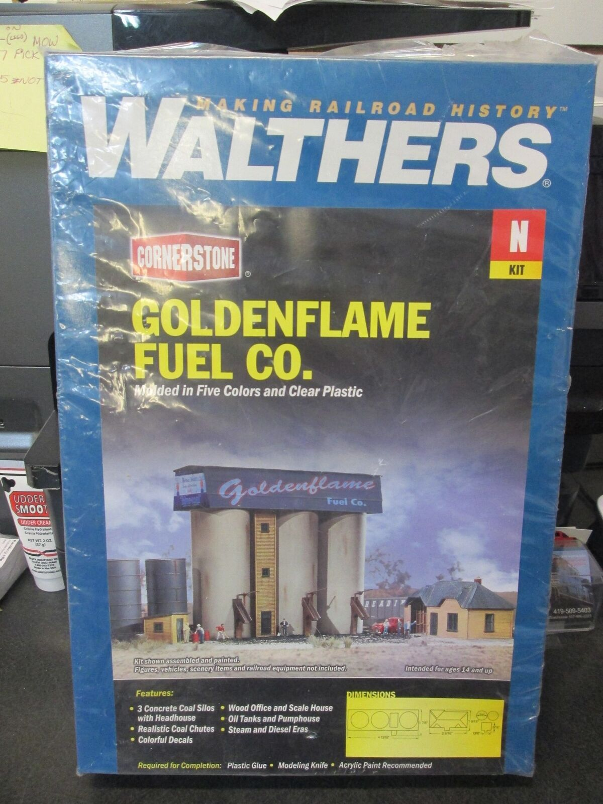 2nd goldenflame Fuel Co. N Building Kit - Walthers Cornerstone