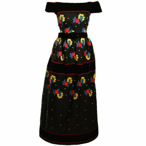 ARNOLD SCAASI Black Velvet Embroidered Gown with … - image 1
