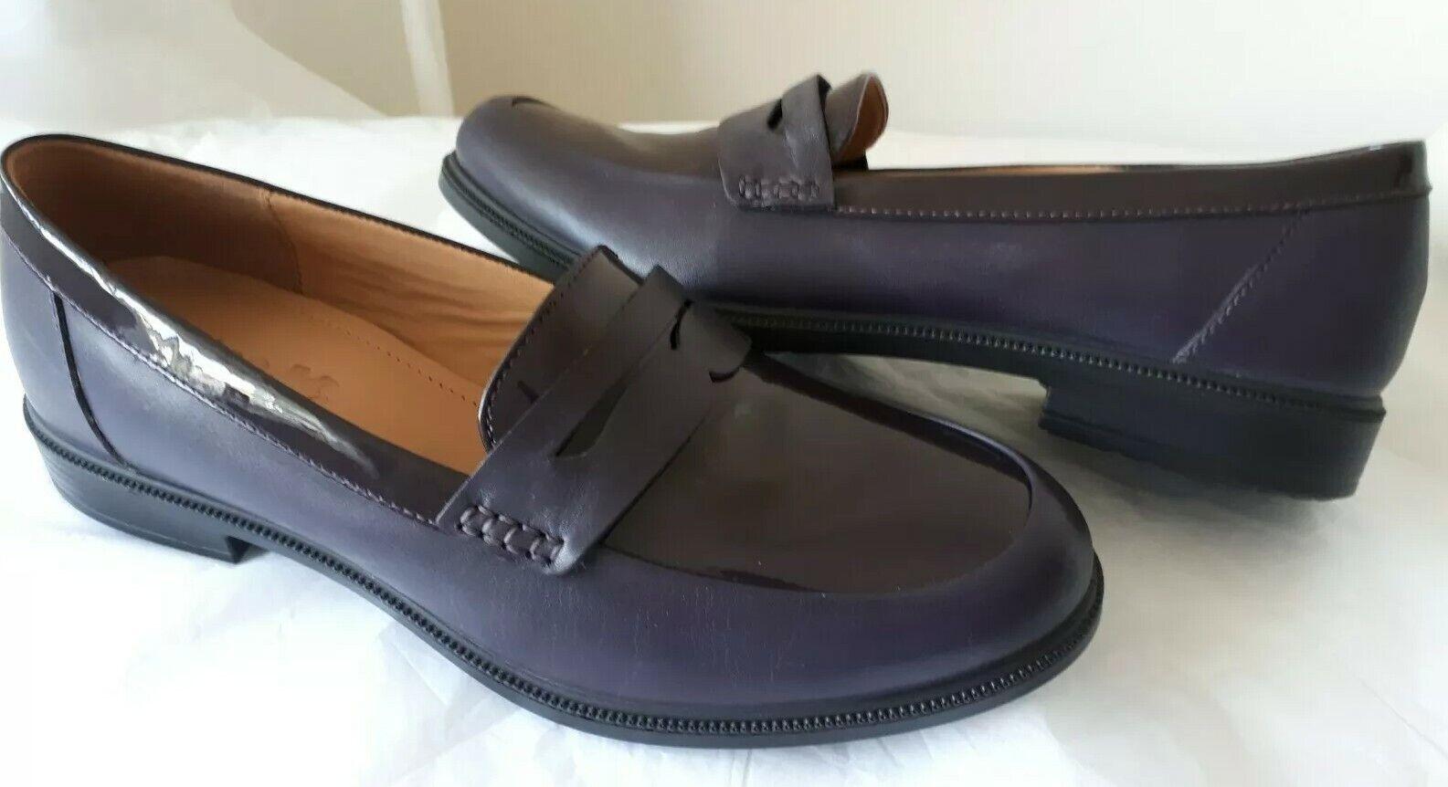 NEUF Hotter Dorset Plum brevet Cuir Mocassin Chaussures Taille UK 8 Std Ajustés.