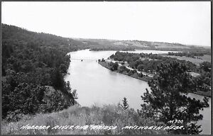 VINTAGE-RPPC-1952-AINSWORTH-NEBRASKA-RIVER-BRIDGE-FOREST-TREES-OLD-POSTCARD