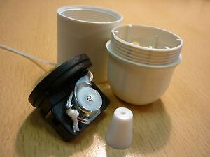 e27 fassung isofassung mit zugschalter in wei lampenfassung kunststoff ebay. Black Bedroom Furniture Sets. Home Design Ideas