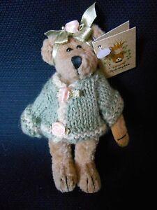 "BEARINGTON COLLECTION TINY BEAR ""JENI"" 4-1/2"" JOINTED GREEN SWEATER NWT"