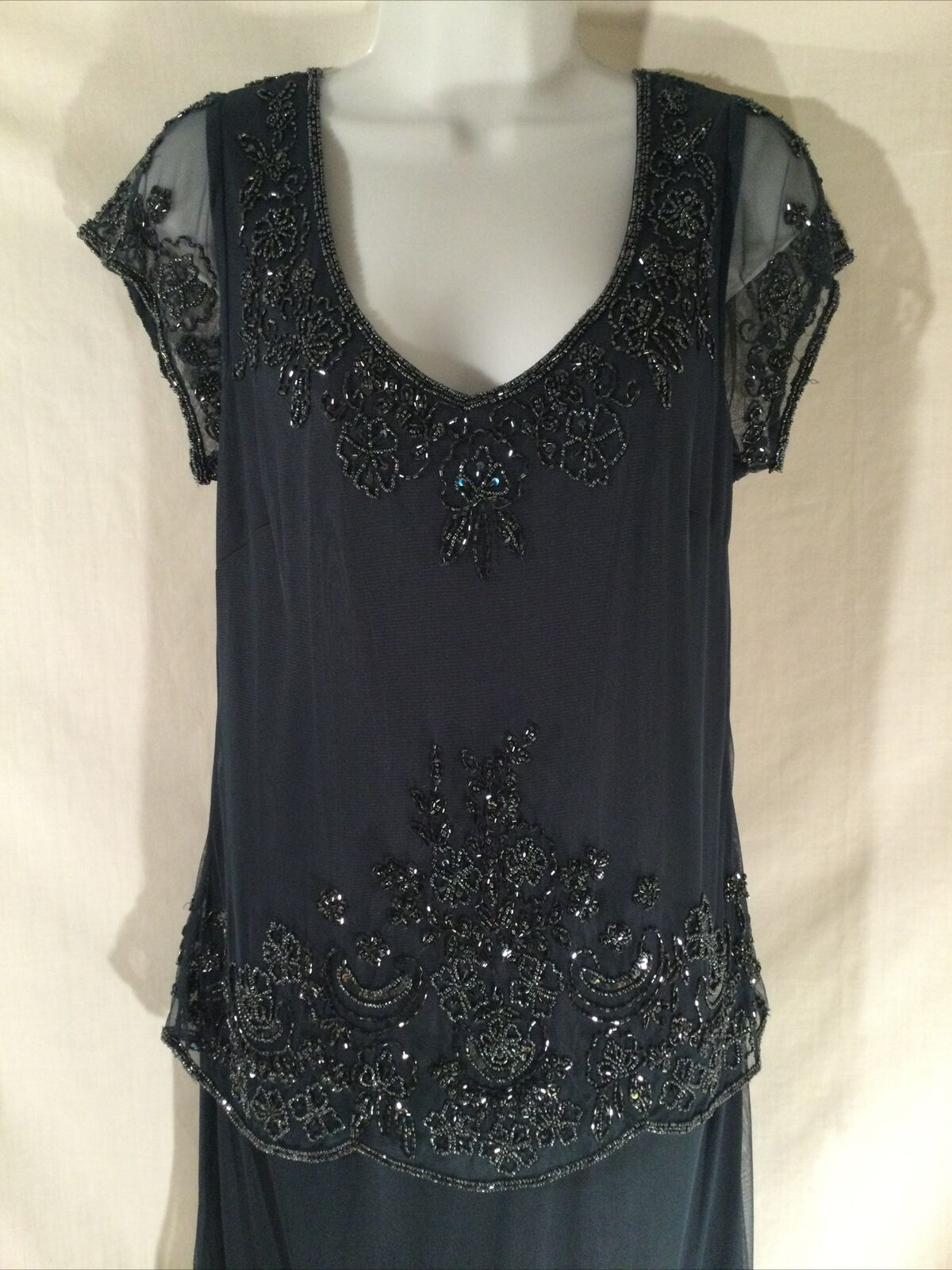 Mother of Bride Groom Wedding Party formal Gown dress size M beadwork midnight