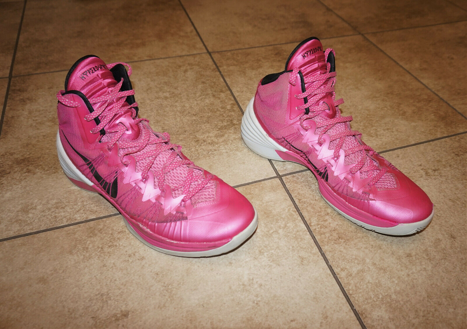 Nike Zoom Hyperdunk Breast Cancer Aware Pinkfire Men's Basketball shoes Size 12