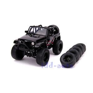 JADA 2007 JEEP WRANGLER BLACK /& EXTRA WHEELS 1//24 DIECAST MODEL CAR 31560