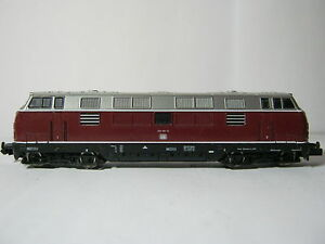 Arnold-N-2023-Diesel-Lok-BR-221-151-4-DB-Altrot-RG-BR-40S4L7