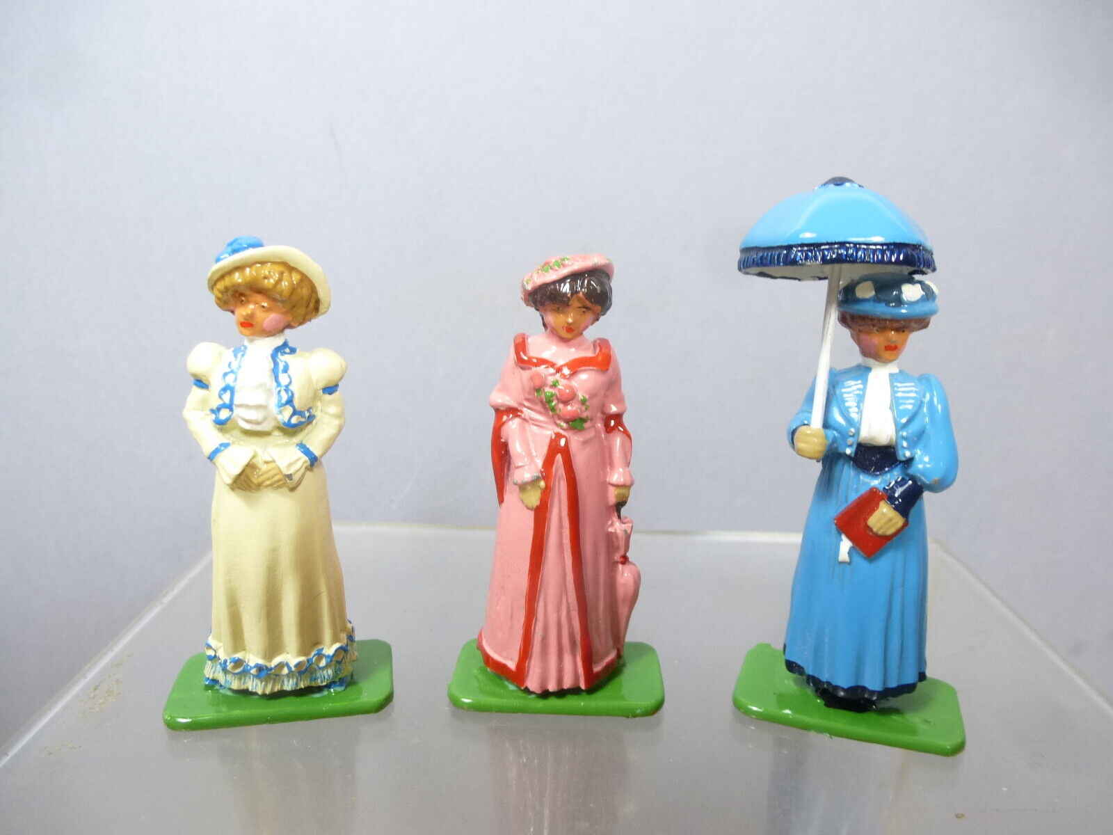 BRITAINS  HAND PAINTED  MODEL OF   3 VICTORIAN LADIES      IN THEIR SUNDAY BEST