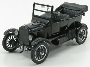 SUN-STAR 1/24 FORD USA   MODEL T CABRIOLET OPEN 1925 WITH FIGURES STAN LAUREL...
