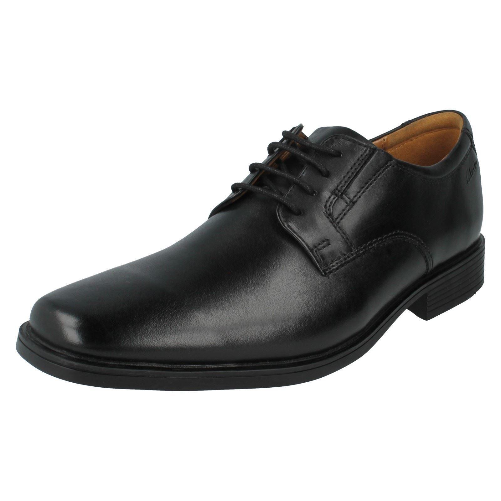 Clarks Tilden Cap Hommes Noir Cuir Chaussures (R38A) (Kett)
