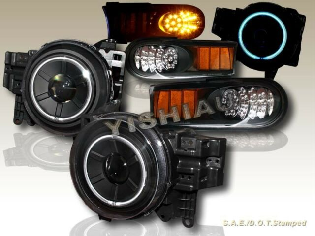 07-14 Toyota FJ Cruiser Projector Headlights Halo CCFL Black + LED Corner Lights