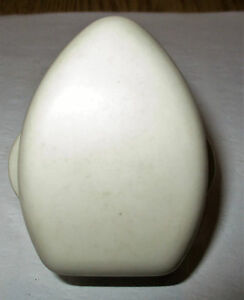 Vintage-Retro-Ediswan-15Amp-Ivory-Bakelite-Round-3-Pin-Plug-Used