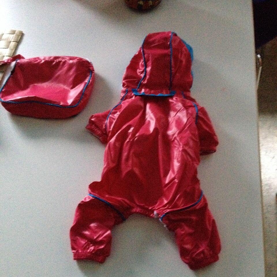 Hundebeklædning, Regntæt hundedragt,str small