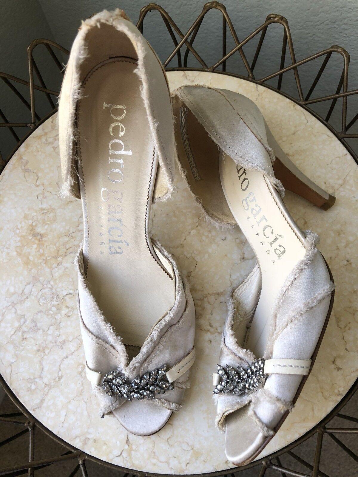 Pedro Garcia Nude Satin Peep Toe Heels Größe 38.5 Swarovski Crystals Bridal 595