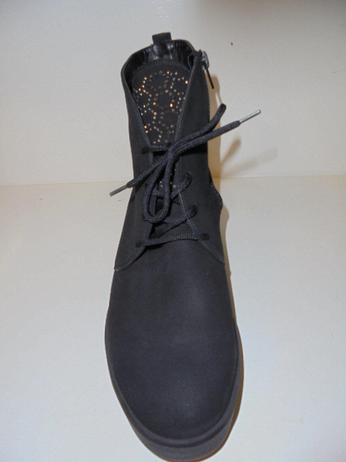 info for a818d 9fb9c ... DC Mens Anvil SE Skate Shoe, Black Camel, ...