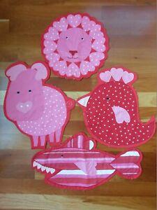 Pottery-Barn-Kids-Valentine-039-s-Day-Lion-Pig-Chicken-Shark-Placemat-Animal-Set-4