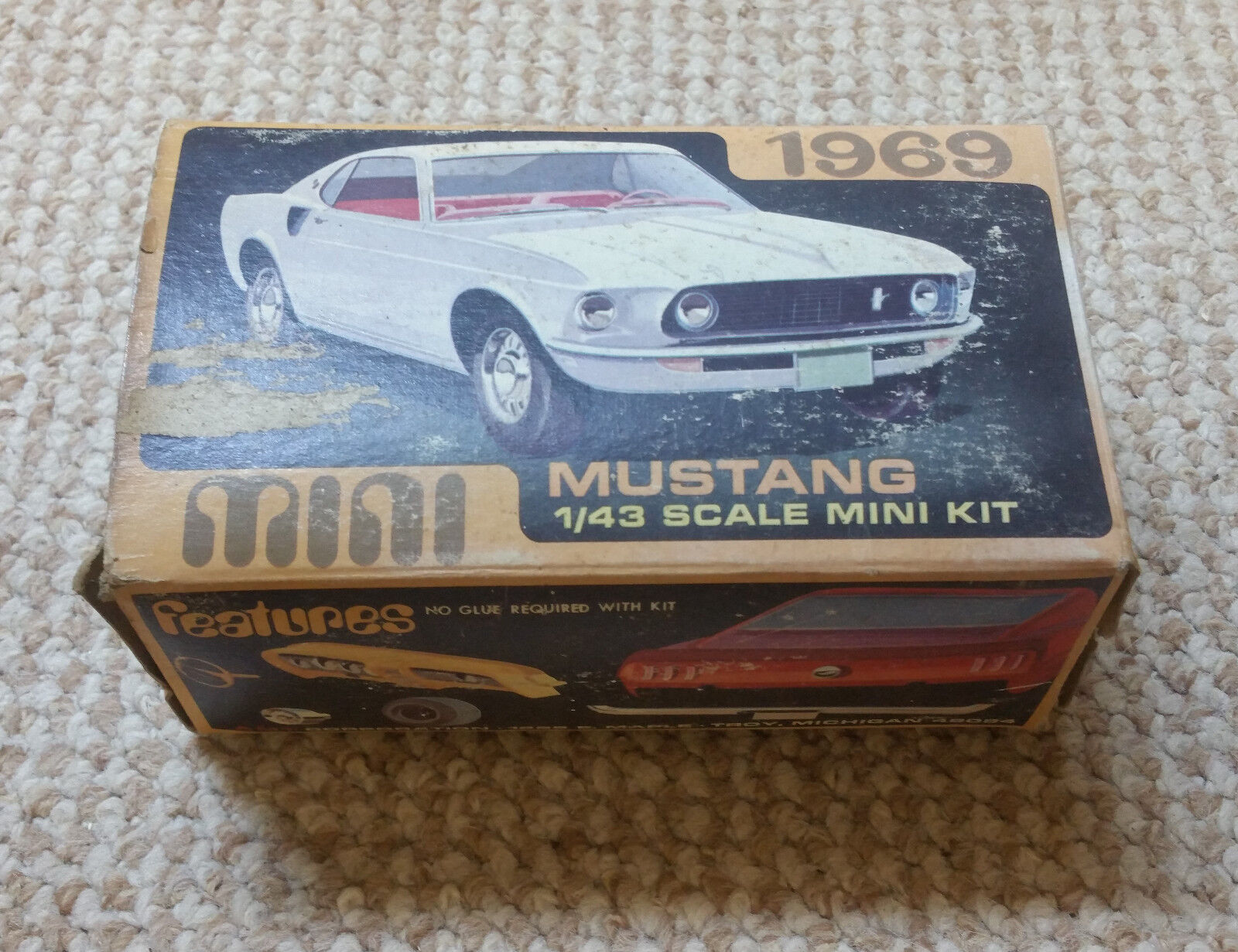 AMT 1969 Mustang Model Kit New