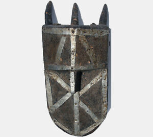 an-old-authentic-antique-african-fetish-mask-toma-guinea