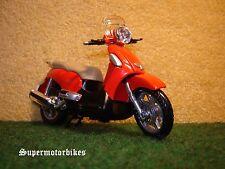 1:18 Aprilia Scarabeo 500 IE 2003 Rot / 00770