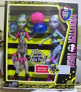 Monster-High-Roller-Maze-Ghoulia-Yelps-Abbey-Bominable-Doll-NIB