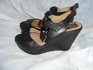 BERTIE-WOMEN-039-S-BLACK-LEATHER-STRAP-SANDAL-SIZE-UK-6-5-EU-40-5-VGC